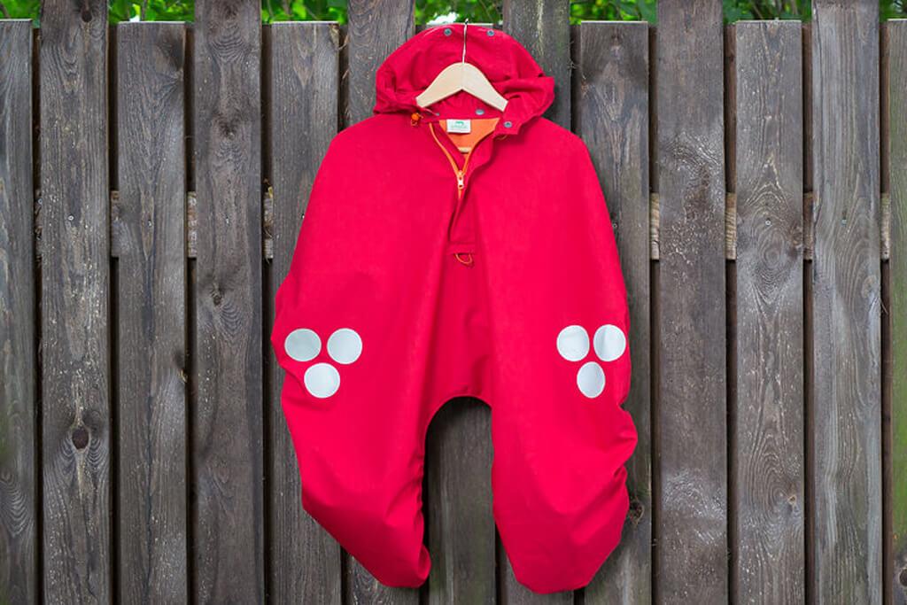 WichtelWarm cape red